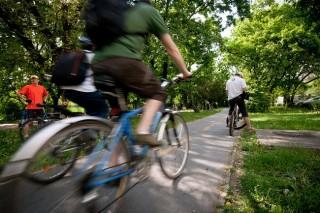 Bicikli (biciklis, )