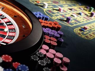 Kaszinó (kaszinó, rulett, kártya, )