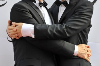 melegházasság (melegházasság)