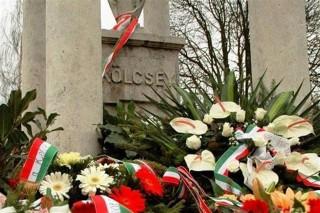 kolcsey-siremleke(1)(960x640).jpg (kölcsey ferenc, síremlék, magyar kultúra napja, )