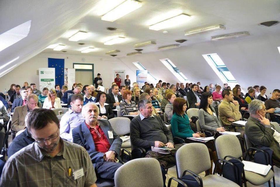 piac és profit (előadás, konferencia, fórum, )