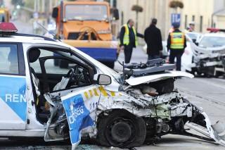rendőrautó balesete (rendőrautó, )