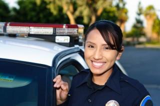 rendőrnő (rendőrnő)