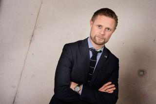 Bent Høie (norvégia, miniszter, meleg, )