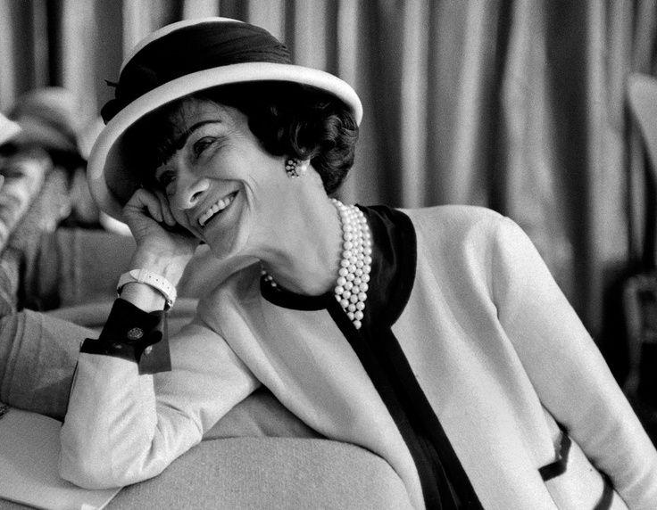 Coco Chanel  (Coco Chanel, idézetek, divat, stílus )