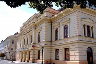 Emlekunnep-a-Vorosmarty-szinhazban(2)(2)(960x640).jpg (székesfehérvár, vörösmarty színház, kultúra)