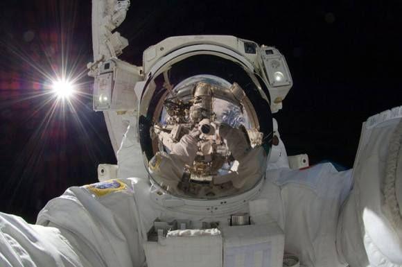 miért fogynak az űrhajósok az űrben rhodiola rosea zsírt éget
