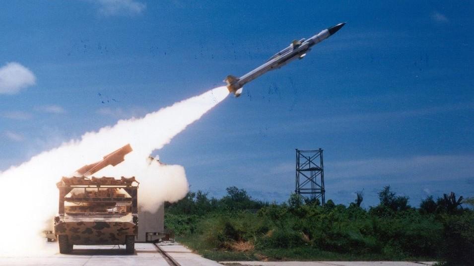 kis hatótávolságú rakéta (rakétakilövés, )
