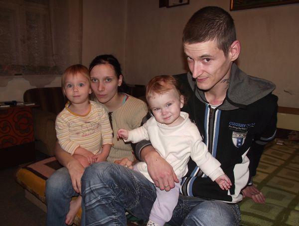 rászoruló család (rászoruló család)