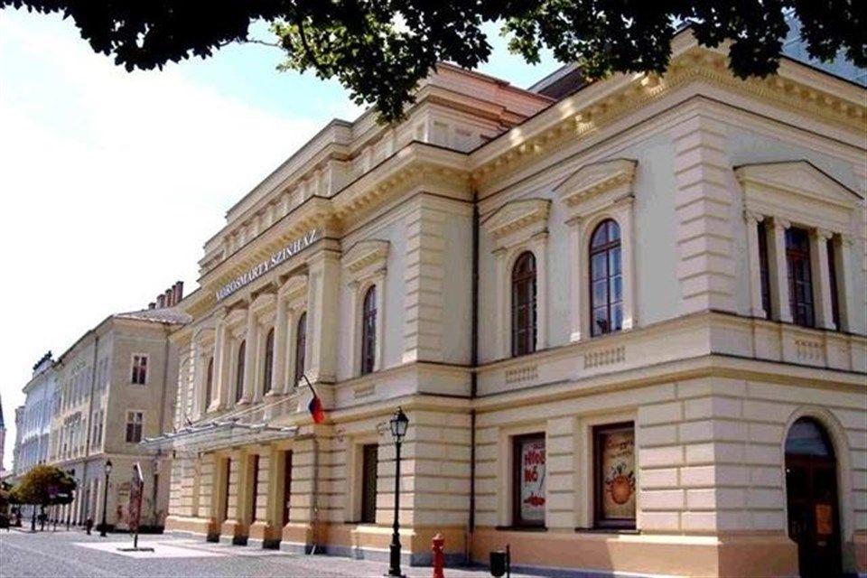 Emlekunnep-a-Vorosmarty-szinhazban(2)(3)(960x640).jpg (székesfehérvár, vörösmarty színház, kultúra)