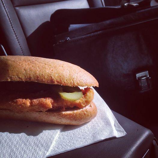 bajnai rántott húsos szendvics (rántott hús)