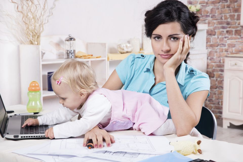 dolgozó anya (dolgozó anya, anya, gyerekbarát, családbarát munkahely, )