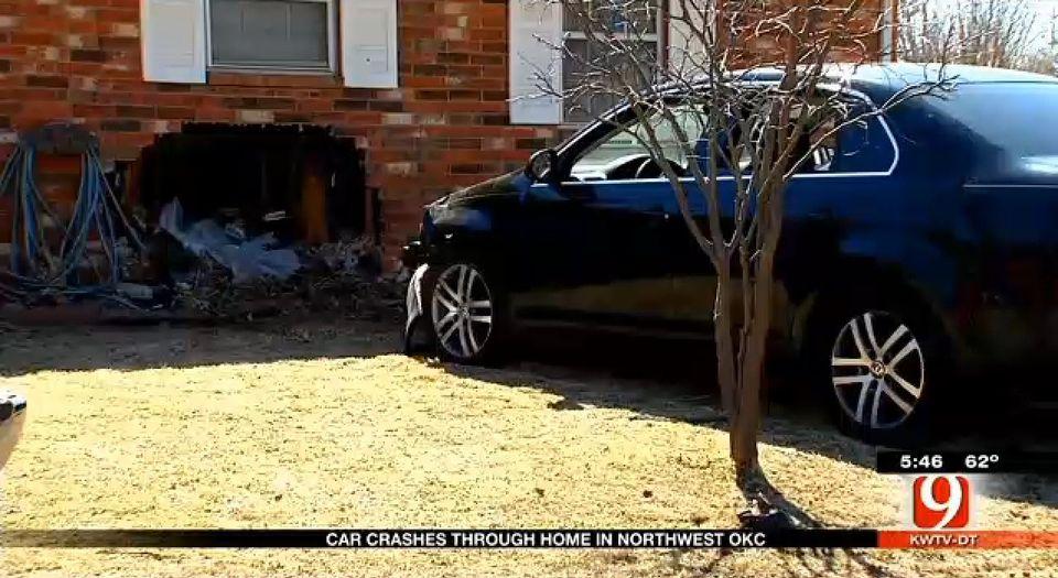 fürdőkádas baleset (baleset, ház, autó, )