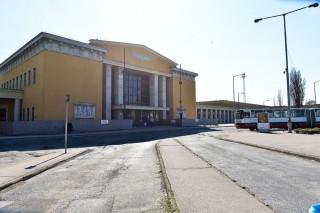 székesfehérvári vasútállomás (székesfehérvári vasútállomás)