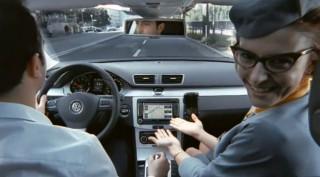 Első osztály a Volkswagentől (volkswagen, volkswagen zubehör, luxus, autó, kényelem, komfort, épség, biztonság, hölgy, utaskísérő, kocsi, első osztály, reklámtorta, )