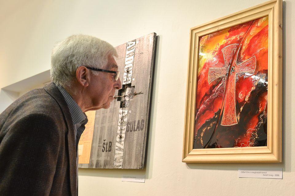 Esterházy János kiállítás (Esterházy János kiállítás)