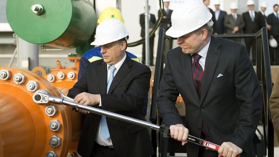 Orbán, Fico átadás (orbán viktor, robert fico, )