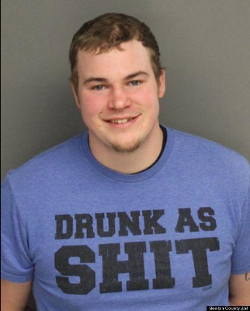 Részeg póló (részeg póló, )