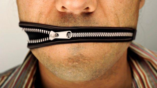 cenzura (cenzura)