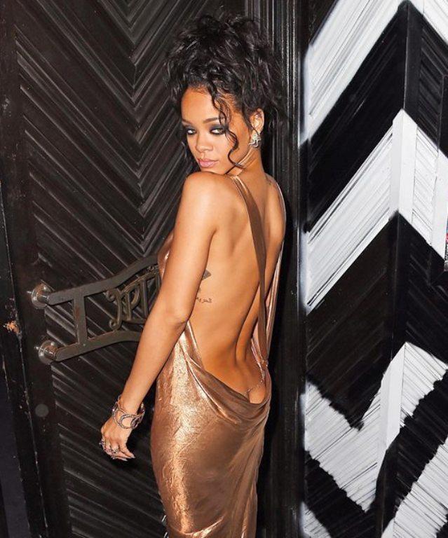 Rihanna (rihanna, )