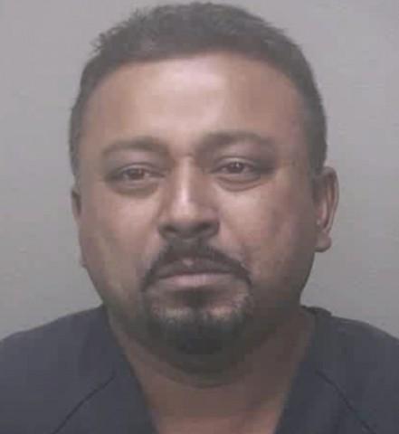 Khemraj Samlall (házasságon belüli erőszak, rendőrségi fotó, )
