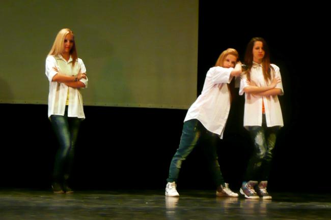 Táncosok a BFMK-ban (táncosok, bfmk, )