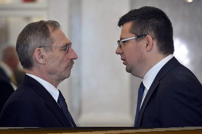 harmadik orbán-kormány (harmadik orbán-kormány, pintér sándor, seszták miklós, )