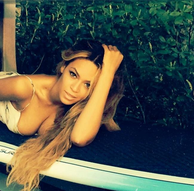 Beyoncé (beyoncé, )