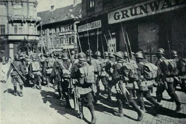 Roman-katonak-Budapesten(650x433).jpg (román megszállás, )