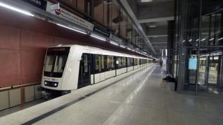 4-es-metro(1)(210x140)(1).jpg (metró, 4-es metró, )