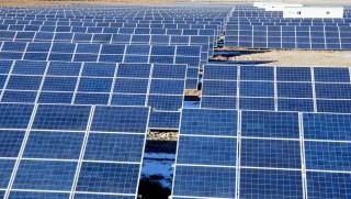 India építi a legnagyobb naperőművet (napenergia)
