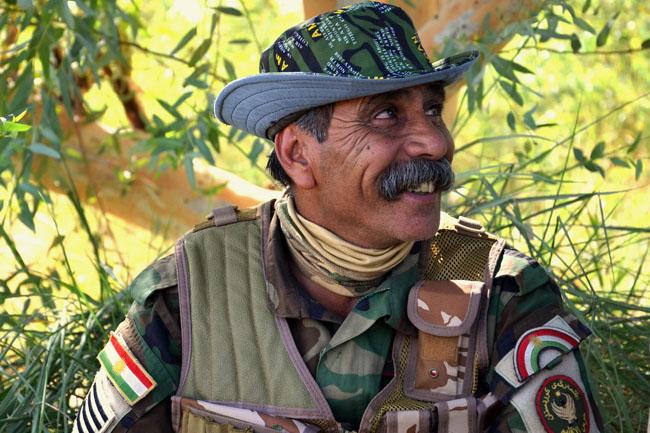 Jászberényi, Pesmerga vicc (Jászberényi, Pesmerga vicc, kurdisztáni ISIS frontvonal, )