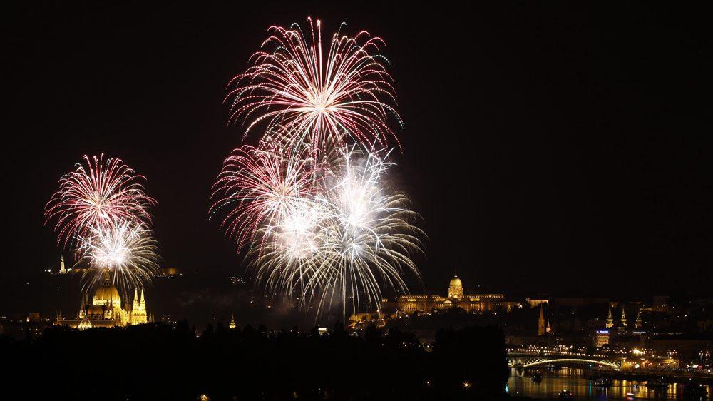 Tűzijáték (Array)