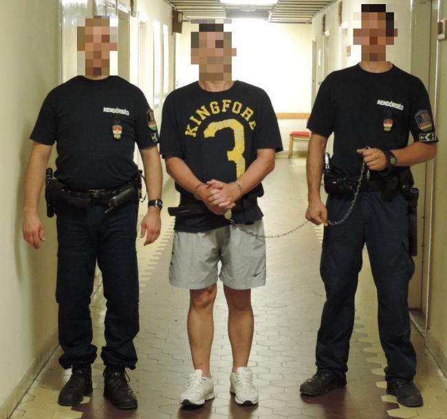 Vásárhelyi rabló (rabló, rendőrök, )
