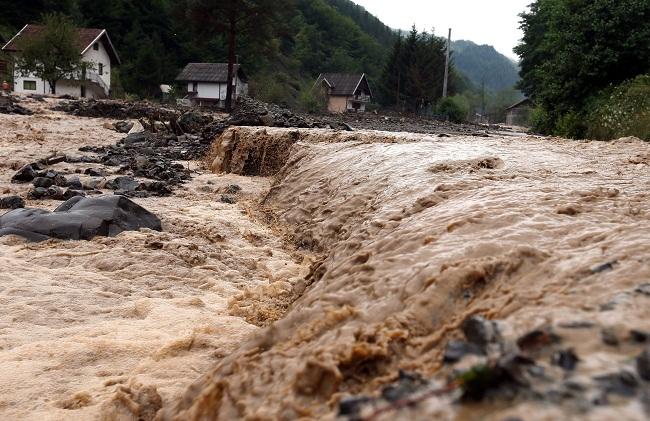 árvíz boszniában (árvíz, áradás, bosznia-hercegovina, )