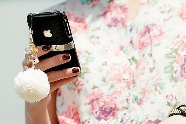 iphone-divat-01 (iphone, iwatch, apple, okostelefon, mobiltelefon, mobil, mobilport, divat, okosóra, )