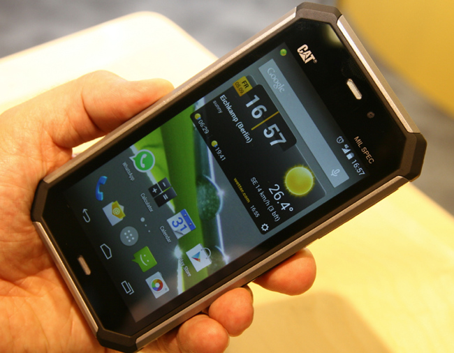 mp-c01 (mobilport, okostelefon, strapamobil, android, caterpillar)