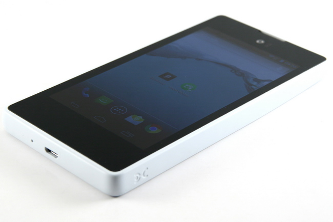 mp-y03 (mobilport, teszt, android, okostelefon, yotaphone, orosz, e-ink)