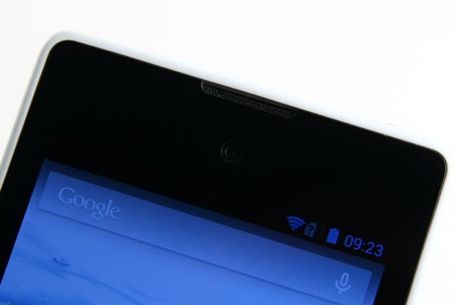 mp-y09 (mobilport, teszt, android, okostelefon, yotaphone, orosz, e-ink)