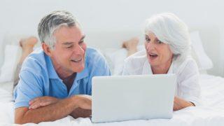 idősek számítógéppel (számítógép, idős)