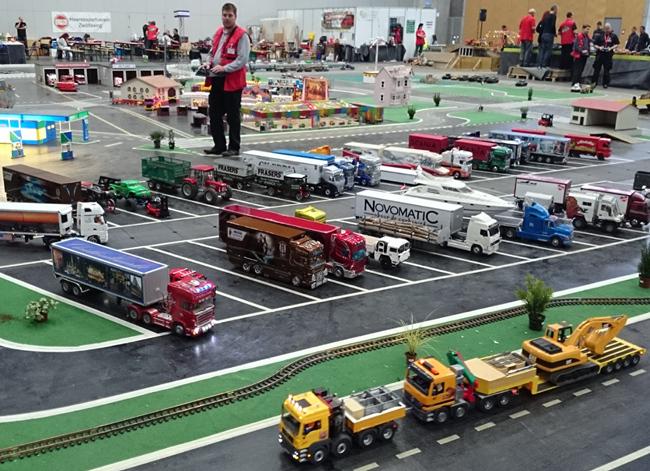 tn-mb01 (technet, modell, játék, autó, repülő, hajó, vonat, távirányító, kiállítás)