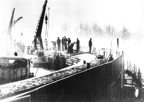 a berlini fal építése (berlini fal, építkezés, )