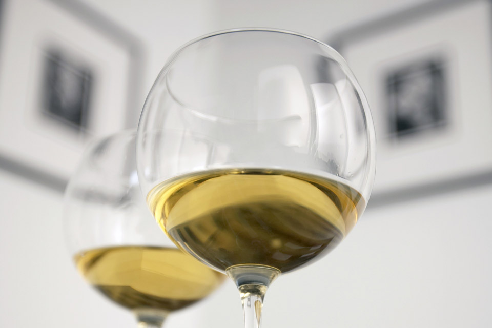 bor és kiállítás (bor és kiállítás)