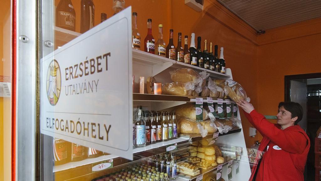 cafeteria(430x286).jpg (cafeteria, erzsébet utalvány, kenyér, kkv,)