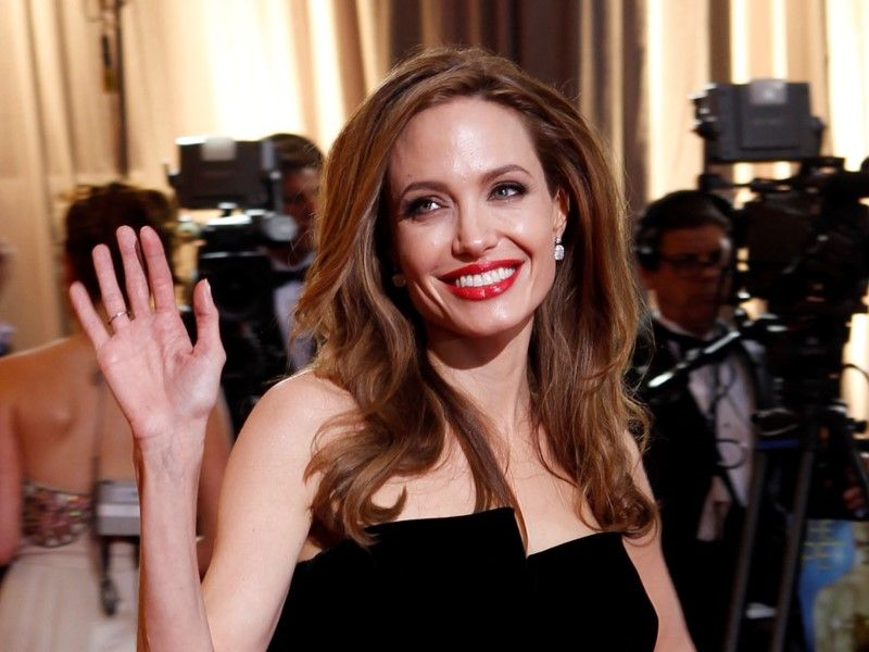 Angelina-Jolie(210x140).jpg (angelina jolie, )