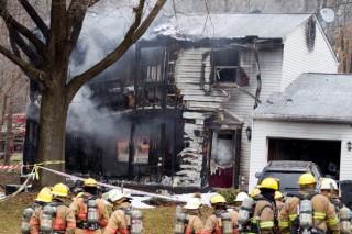 Házba csapódott egy kisrepülő (repülőszerencsétlenség)