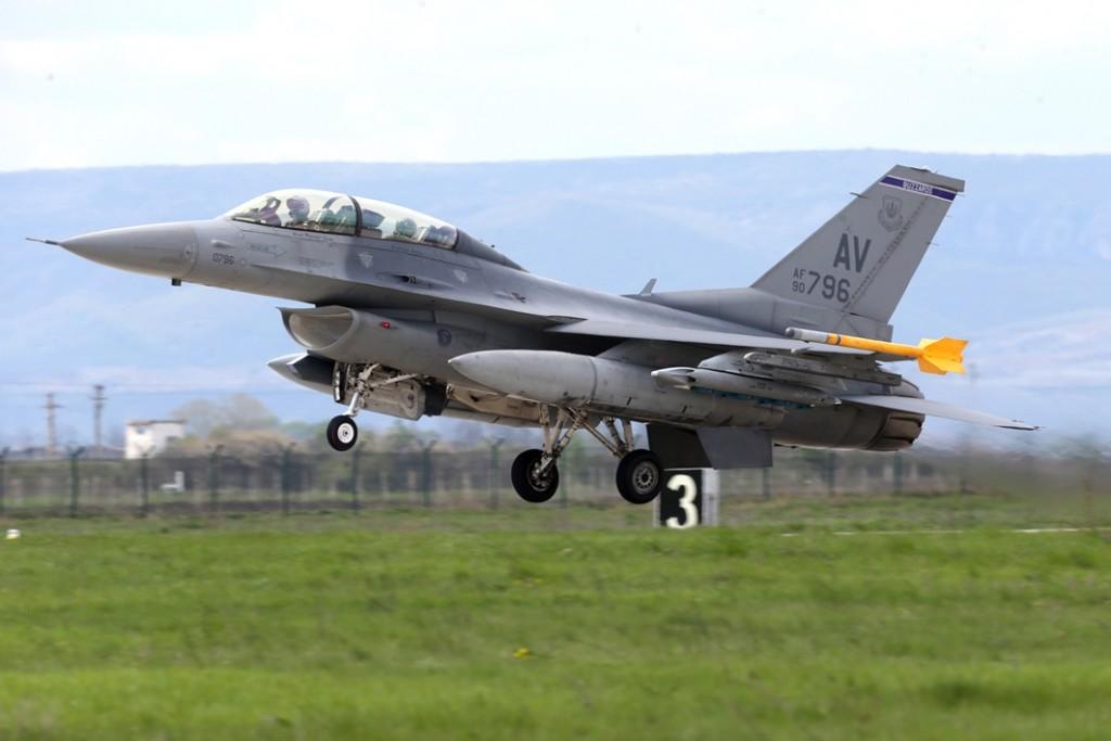 amerikai f-16-os (usa, f-16-os, bombázó, )
