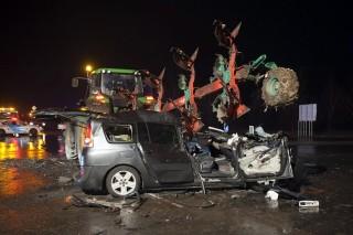 halálos baleset a 4-es úton (halálos baleset, )