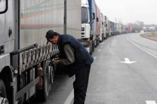 kamion(210x140).jpg (kamion, határ)