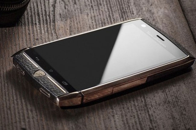 lamborghini-tauri-88-03 (mobilport, okostelefon, mobiltelefon, mobil, telefon, luxus, lamborghini, sznob, )